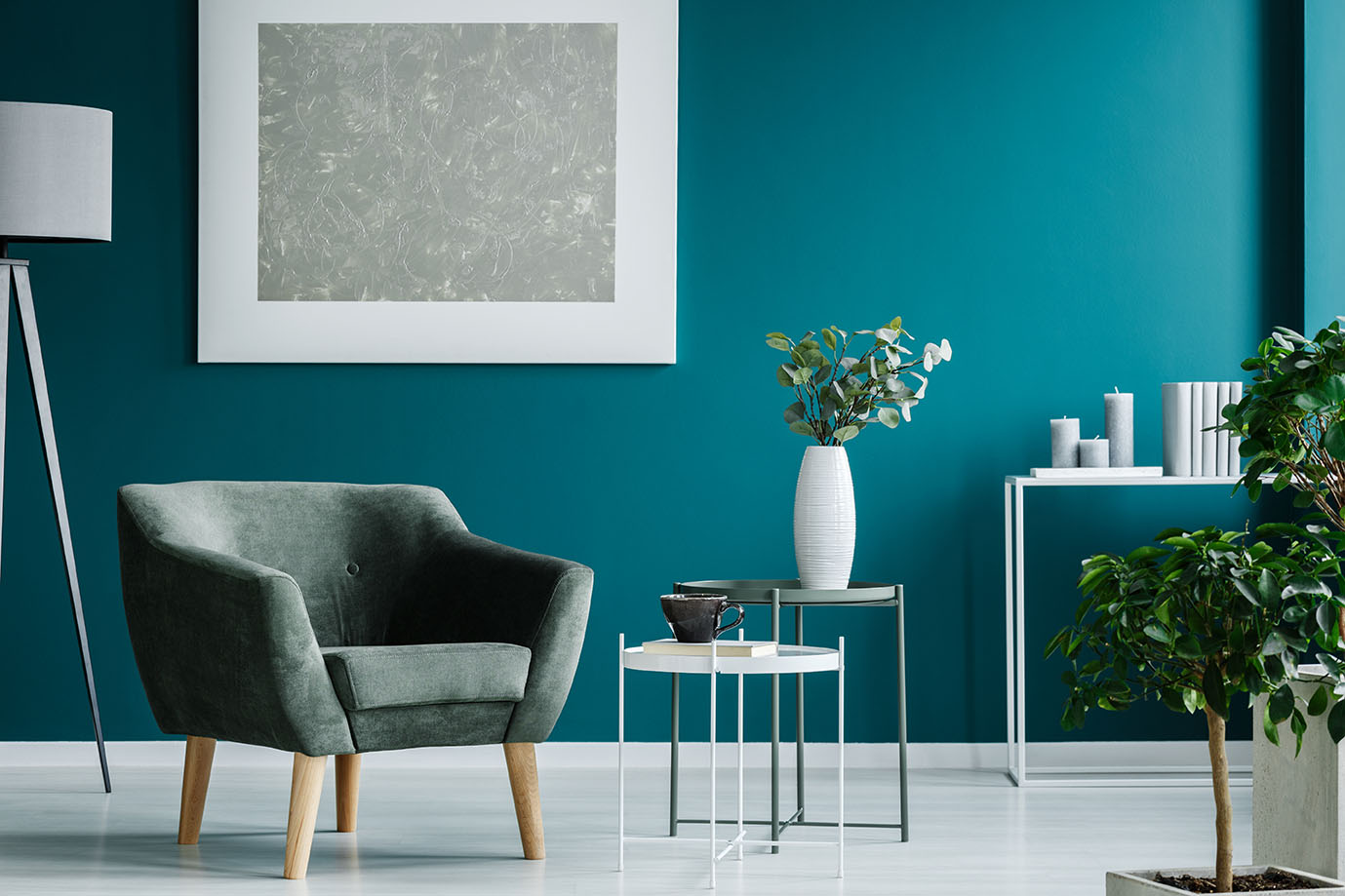 Quels rideaux avec un mur bleu canard ?